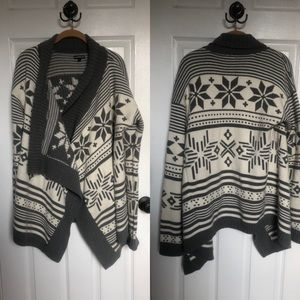 Snowflake shawl sweater